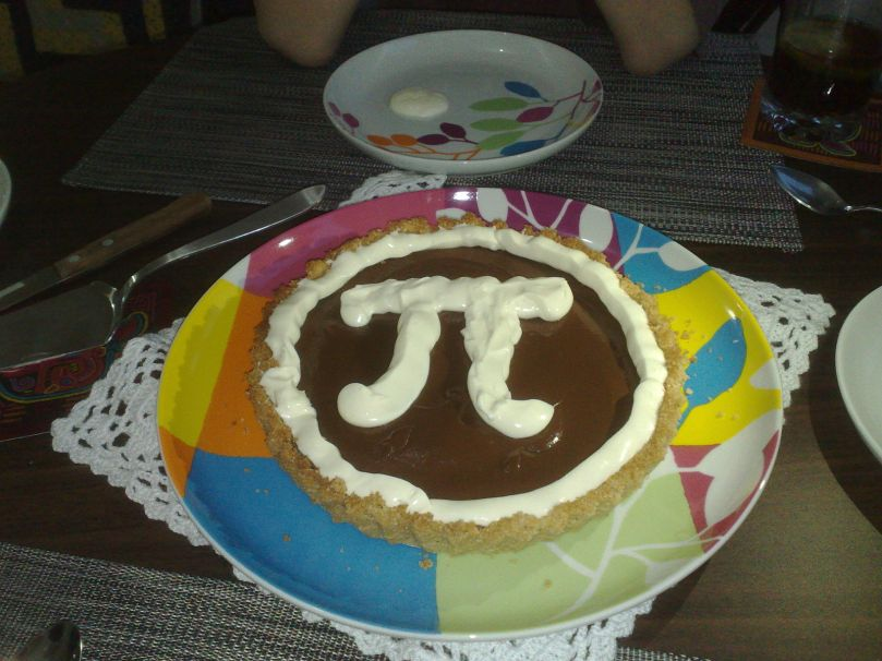 By medea_material (originally posted to Flickr as Chocolate Pi Pie) [CC BY 2.0 (http://creativecommons.org/licenses/by/2.0)], via Wikimedia Commons